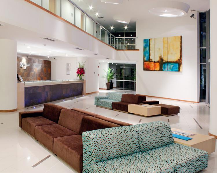 LOBBY Hotel ESTELAR Blue Medellín